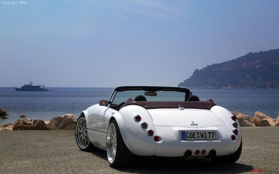wiesmann_roadster_mf3_rear_white-1680x1050