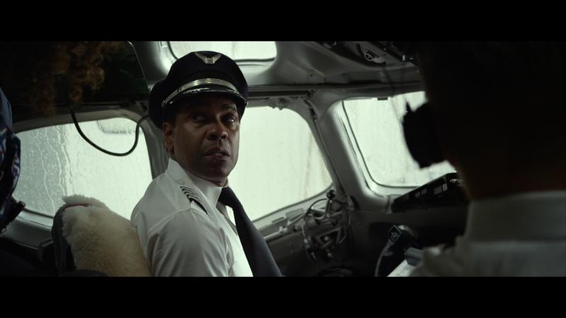 Пилот: герой + наркоман = ?