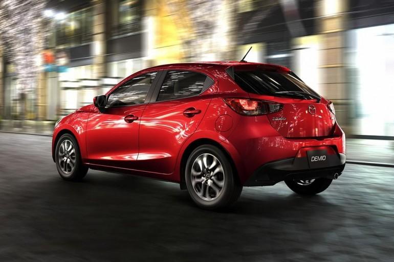 Mazda2-2015