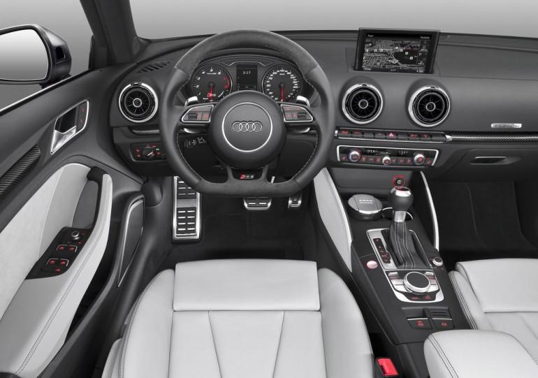 цена Audi RS3 Sportback 2015-2016 в России