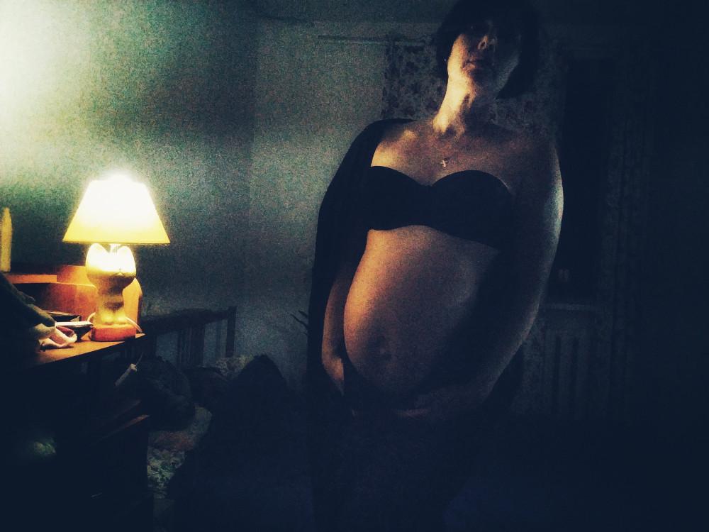 День 11. Завернувшись в складки одежды темной, Стонет бурный вечер в тоске