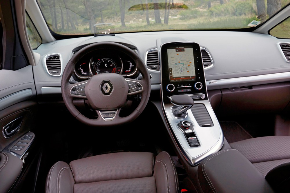 Renault_67393_global_en.jpg