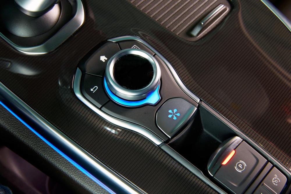Renault_67405_global_en.jpg
