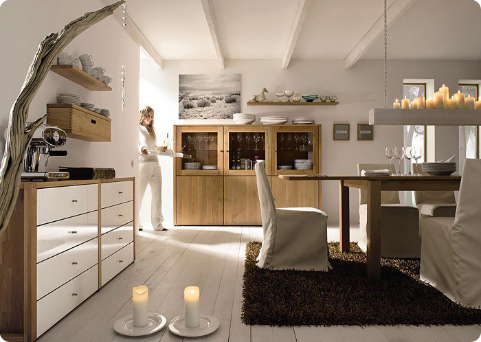 дизайн кухни, интерьер кухни в стиле эко, дерево в интерьере, дизайн интерьера кухни, экологический стиль кухни, белый пол в интерьере, дизайн интерьера квартир в Москве