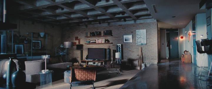 http://pics.livejournal.com/movie_interiors/pic/0001bqpg