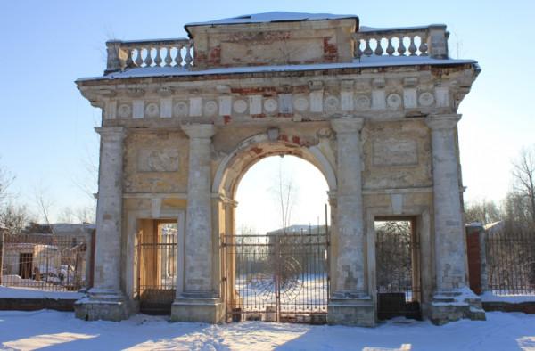 Гребнево ворота