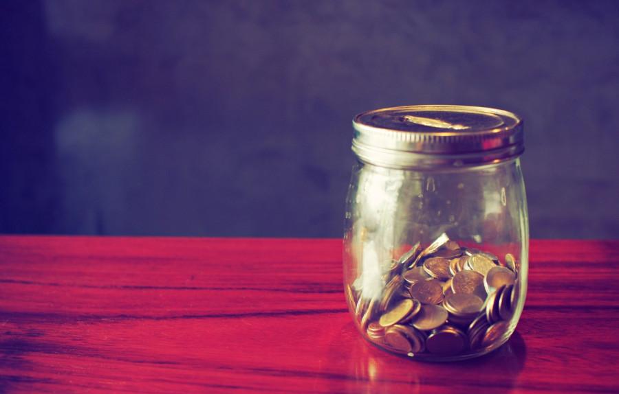 dengi-moneta-kopilka.jpg