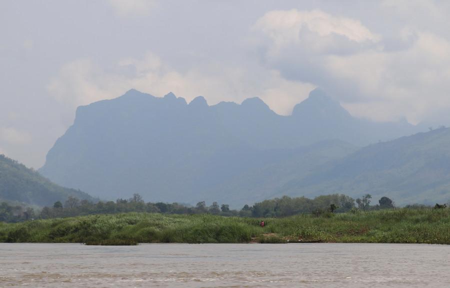 Волшебная страна Лаос в десяти кадрах (и десяти эмоциях)