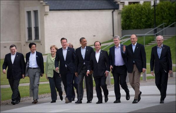 G8 Мировые лидеры и Путин.