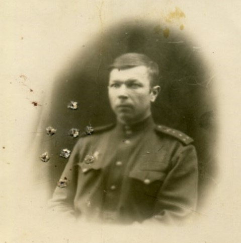 Фото из раздела «Неизвестный солдат» на сайте moypolk.ru