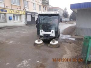 Очистка тротуара ул. Гагарина (1)