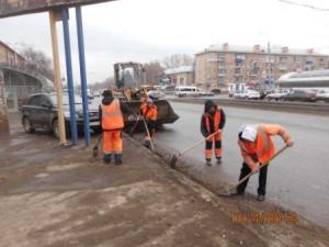 Уборка зимних накоплений ул. 22 Партсъезда (4)