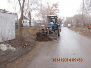 Уборка зимних накоплений ул. Балаковская (1)