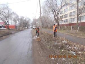 Уборка зимних накоплений ул. Балаковская (2)