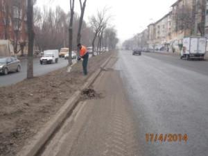 Уборка зимних накоплений ул. Победы (4)
