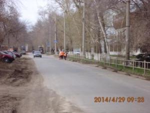Очистка прилотковой от зимних накоплений ул.Заводская