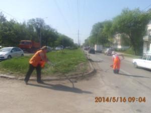Уборка зимних накоплений с улице С.Армии (6)
