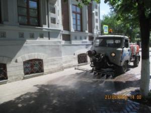 полив тратуара молодогвард... (2)