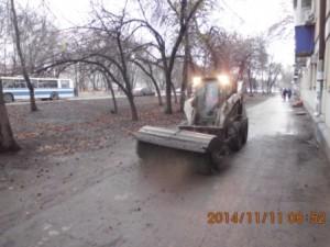 Механизированное подметание тротуаров ул.Пугачёвский тракт