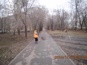 Ручная очистка тротуаров ул.Пугачевский тракт