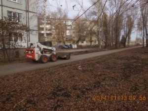 Подметание тротуара ул. Пугачевский тракт