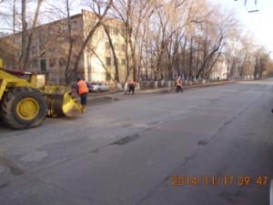 Уборка прилотковой ул.Фасадная
