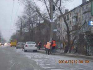 Очистка прилотковой части дорог Пугачевский тракт