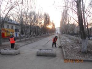 Очистка прилотковой пл.ДК Нефтяников