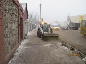 Очистка тротуара и вывоз снега ул. Аврора (1)