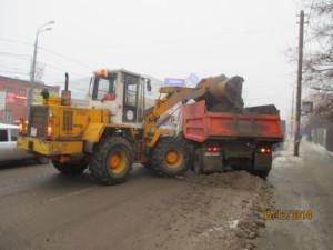 Очистка тротуара и вывоз снега ул. Аврора (4)