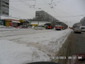 Ново-Вокзальная уборка снега на посадочных площадках  и пешеходных переходов