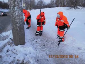 очистка тротуара вручную по улицы Аэродромной