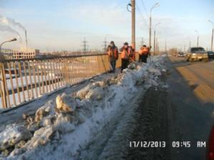Очистка тротуаров на Путепроводе Ракитовское шоссе