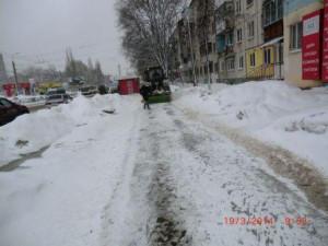 Стара-Загора уборка тротуара (1)