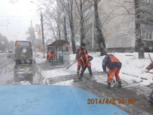 Очистка остановок СВМ , Волжский пр (4)