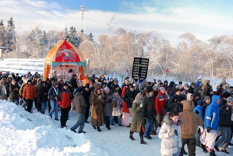 Rath_Yatra_russia_winter