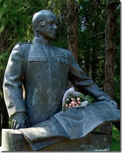 Яготин, пам'ятник Жукову