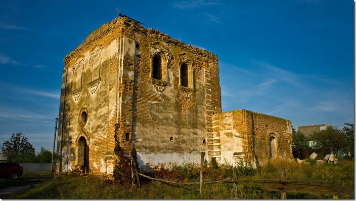 Гостролуччя, Троїцька церква
