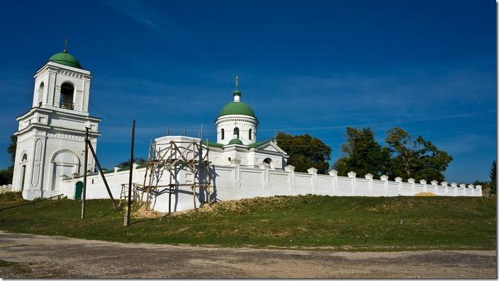 Петрівське, Михайлівська церква