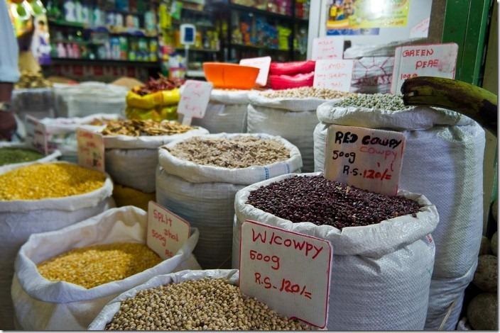 Нувара Елія, на базарі