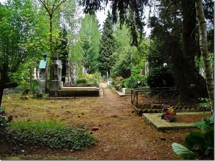 Кладовище Сент-Женев'єв-де-Буа