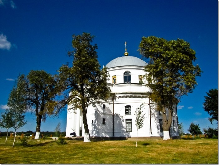 Диканька. Миколаївська церква
