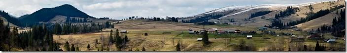 Панорама села Дземброня