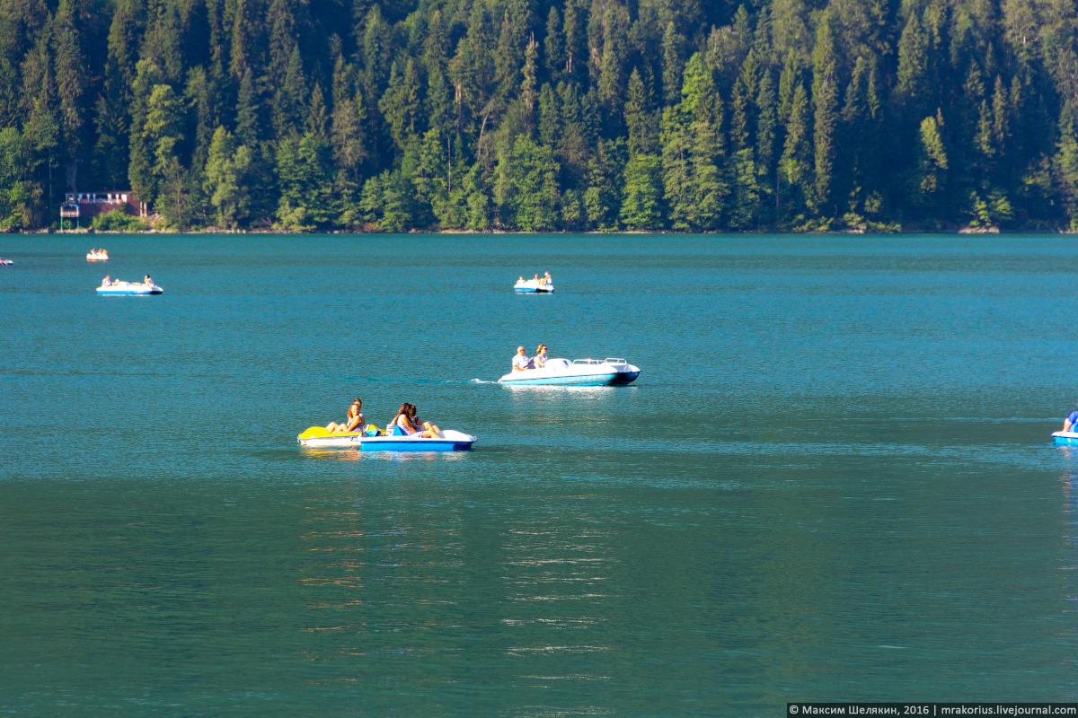 Фото катамаранов на озере онтарио