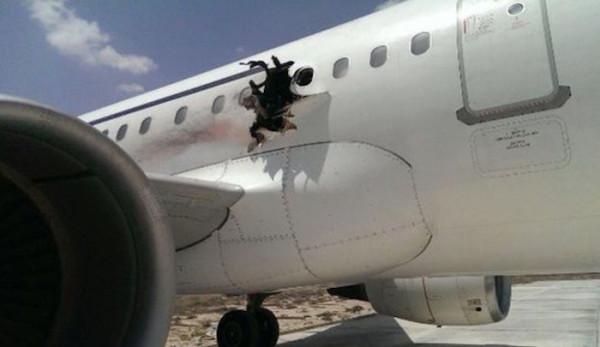 Somalia-plane-bomb-hole