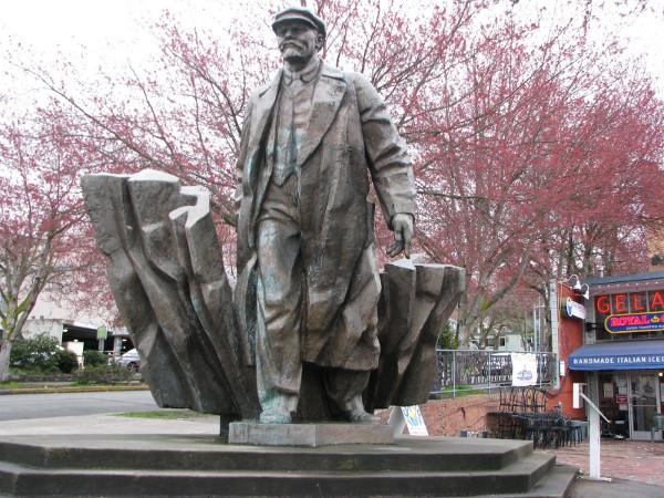 Статуя_Ленина_в_Сиэтле