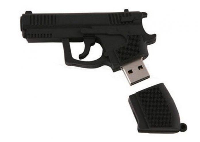 cle_usb_pistolet-696x497