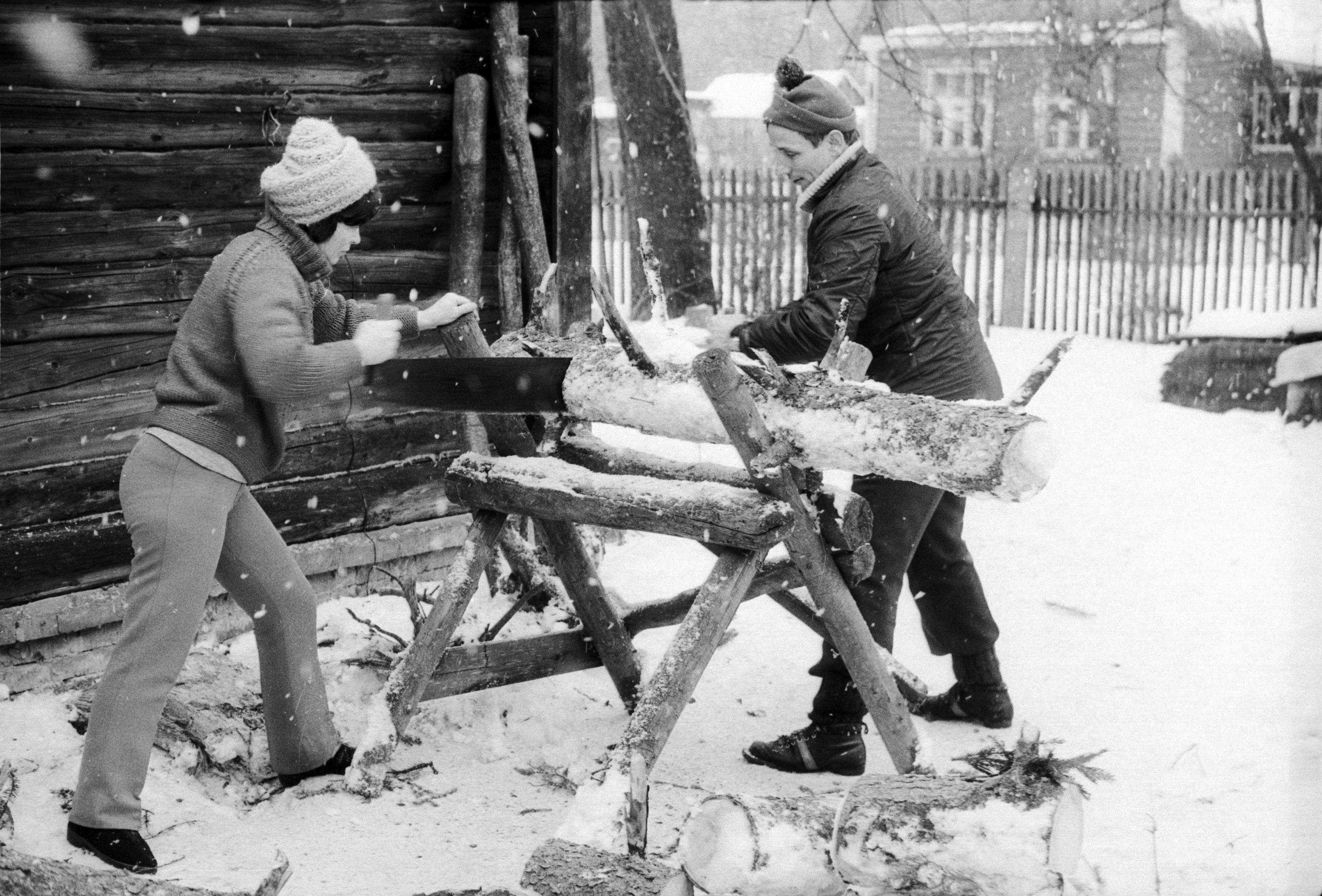 IX-1-1984-Zagotovka-drov-v-pansionate