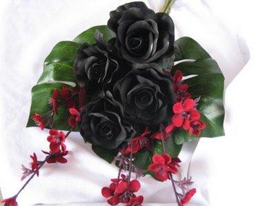 cascade-wedding-bouquets