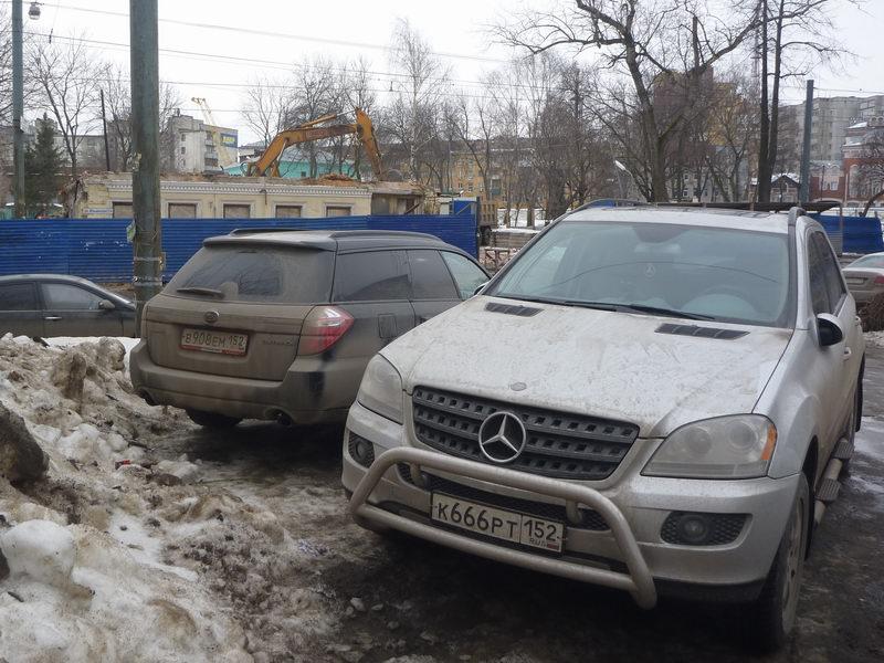 2014-02-17 Ильинская 114 - Мерседес 666